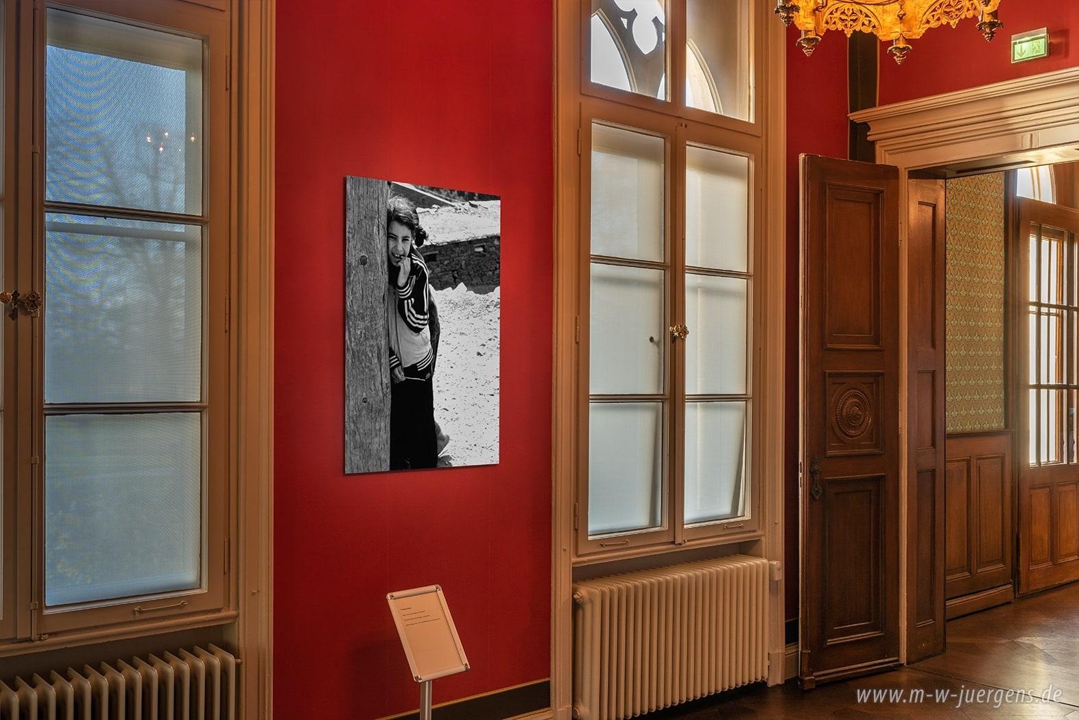 Neuer Realismus Malerei Kunst, Schloss Evenburg Leer Loga, Ausstellungen Ausstellung, Sonderausstellung Sonderausstellungen, Kunst in Ostfriesland, Fotografie Malerei, Katharina John Manfred W. Jürgens, Auf Augenhöhe